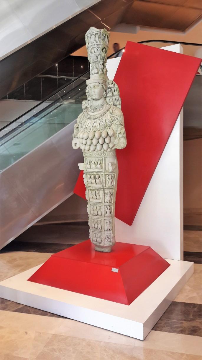 artemis-heykeli-002