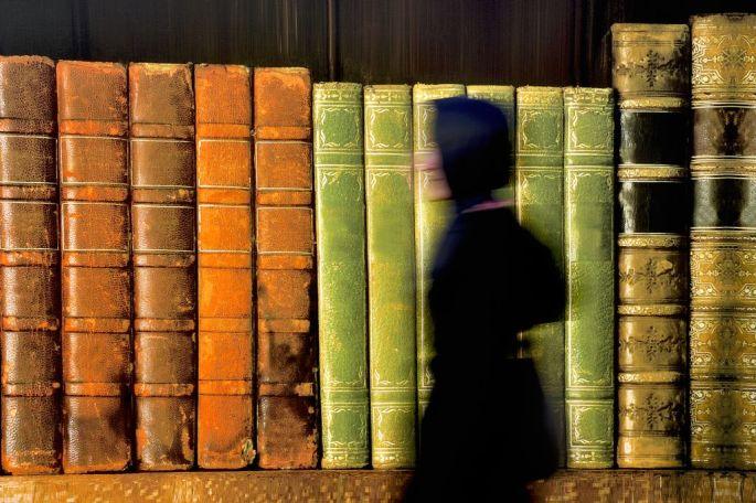 Şükrü Sarıkaya - Sergileme - Kitapların Büyüklüğü