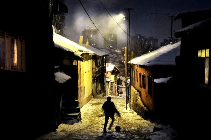 Hüseyin Türk, Gecekondu