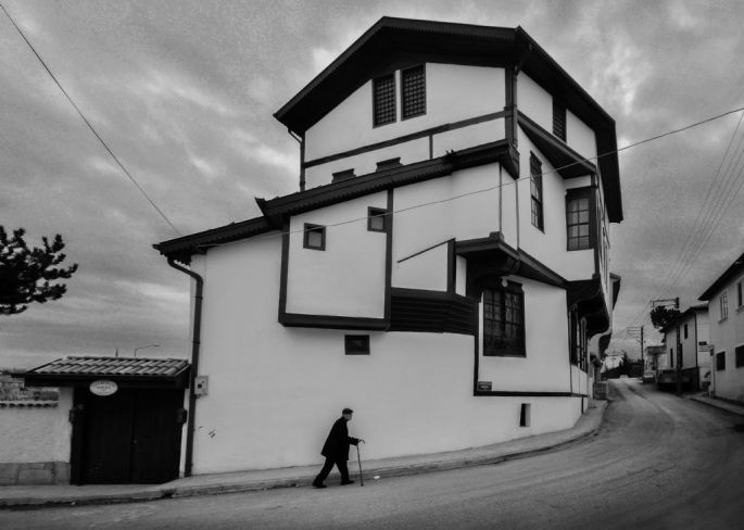 Nuri Çoban, Sokak