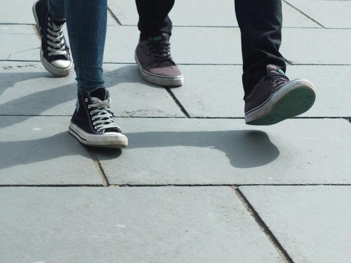 walking-454543_960_720