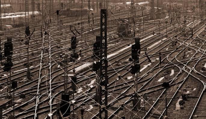 2012_1600 Sven Goelles_Railway network