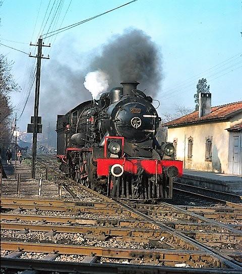 15838_46105_hilal_crossing_izmir_21_march_76