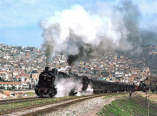 15851_44017and_570xx_izmir_suburbs_21-3-76