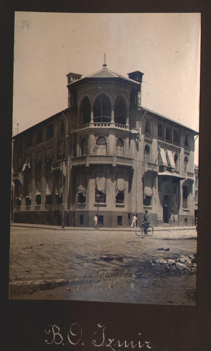 Osmanlı Bankası İzmir Şubesi 1930 001