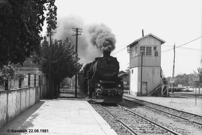 56533 - İzmir-Hilal - 22.08.1981
