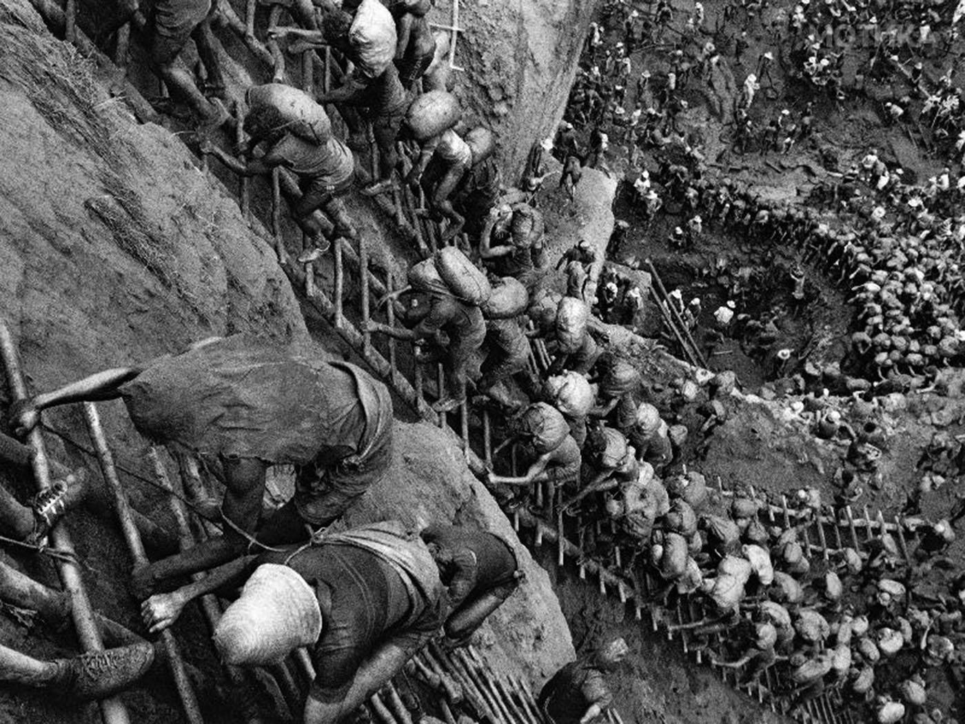 the-hell-of-sierra-pelada-mines-1980s-10