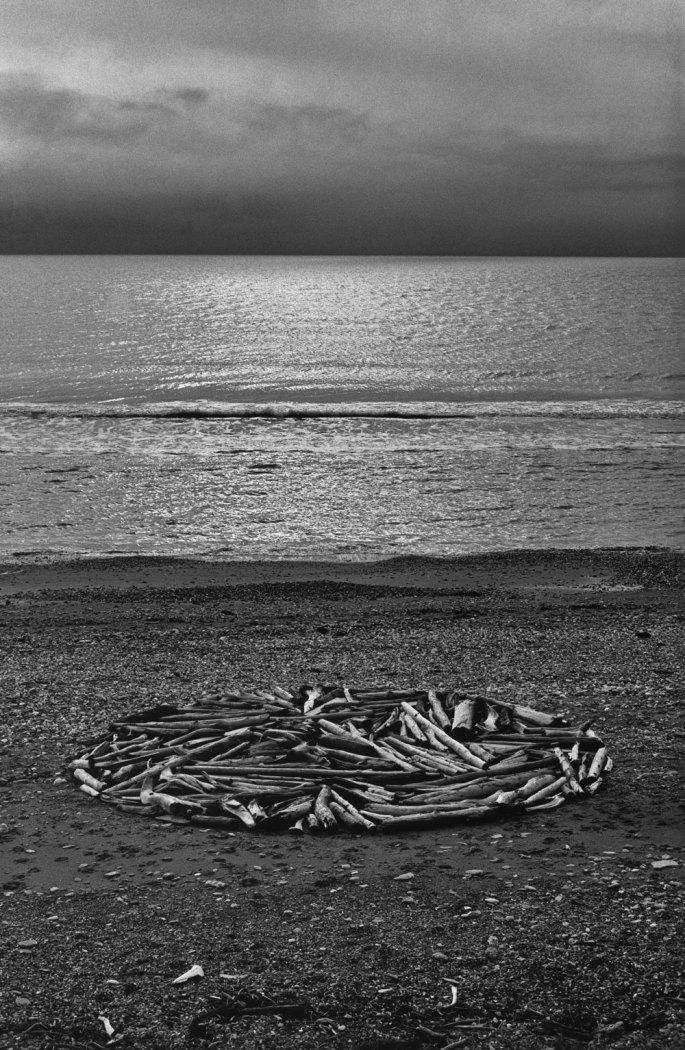 07 Circle In Alaska - Bering Strait Drftwodd On The Arctic Circle 1977