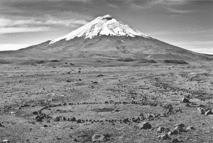 32 Cotopaxi Circle A LOng A Twelve Day Walk In Ecuador 1998